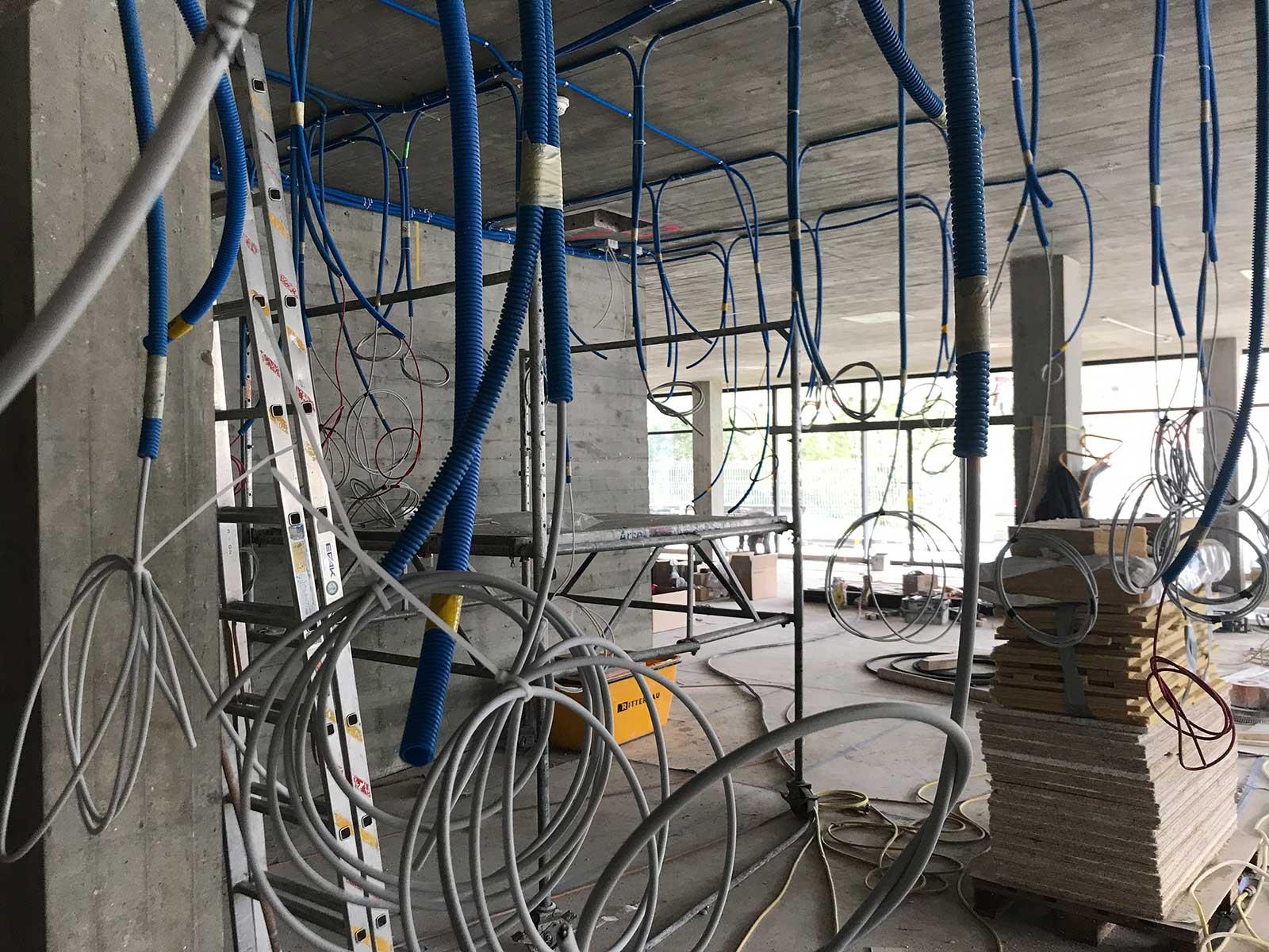 Installationen Saal