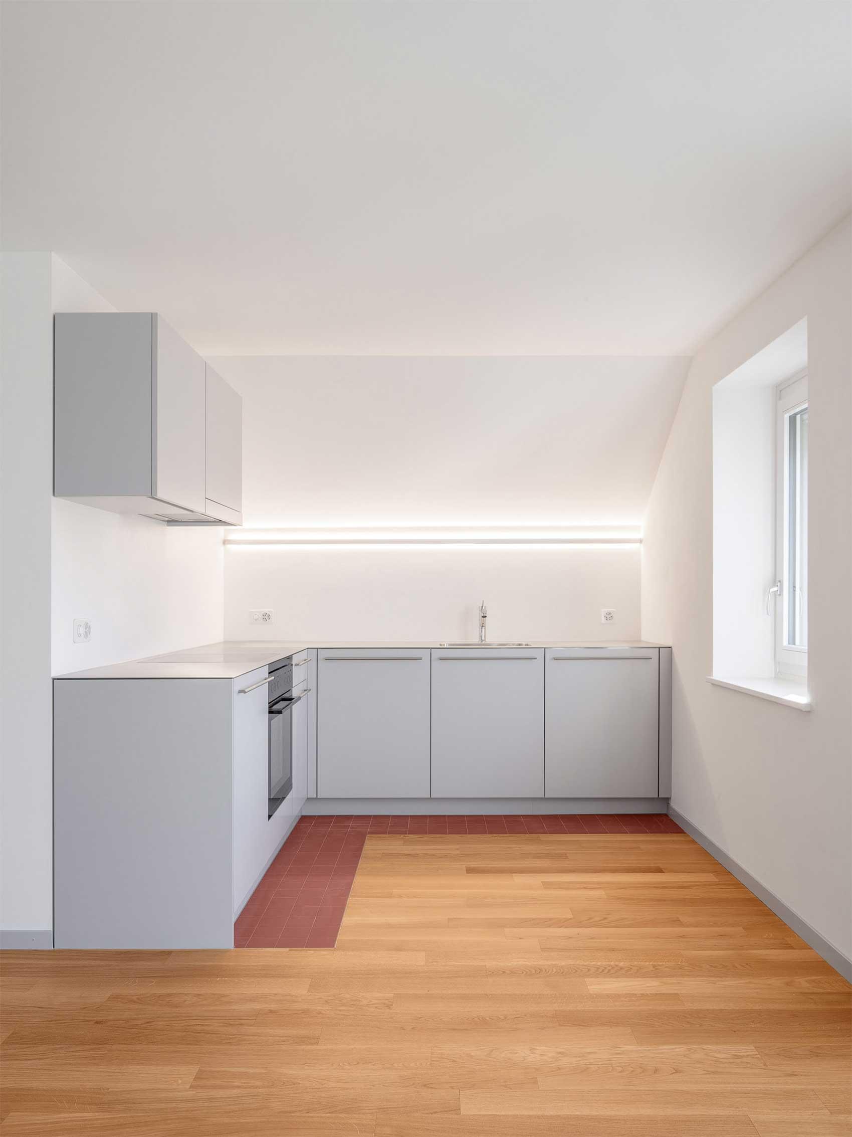 Küche Sanierung Wohnung Elfenaustrasse